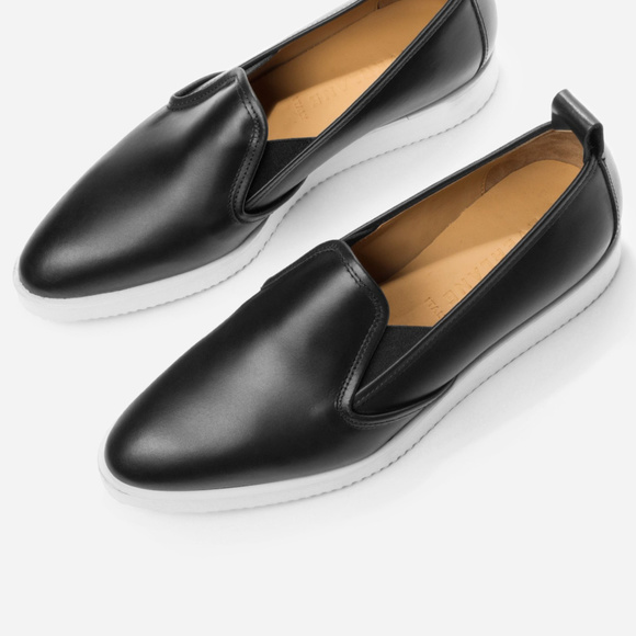 Di Leather Shoes Showrooms